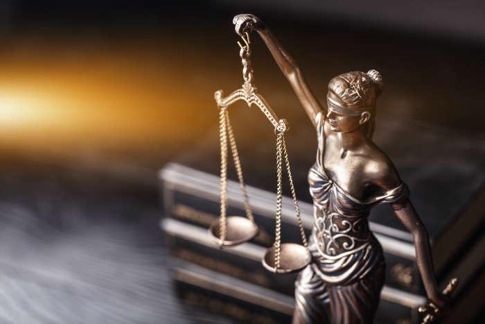 Strafbefehl-Einspruch-Chancen-Risiken